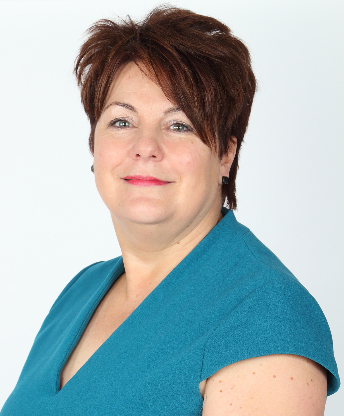 Mrs L Cowell, Finance Manager